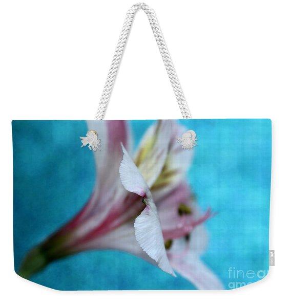 Dainty Amaryllis Weekender Tote Bag