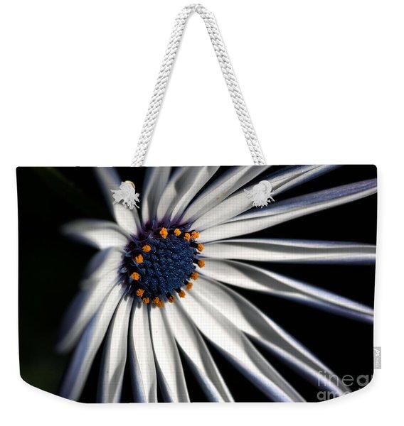 Daisy Heart Weekender Tote Bag
