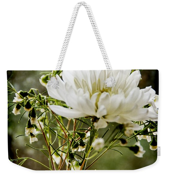 Daisy Mum  3 Weekender Tote Bag