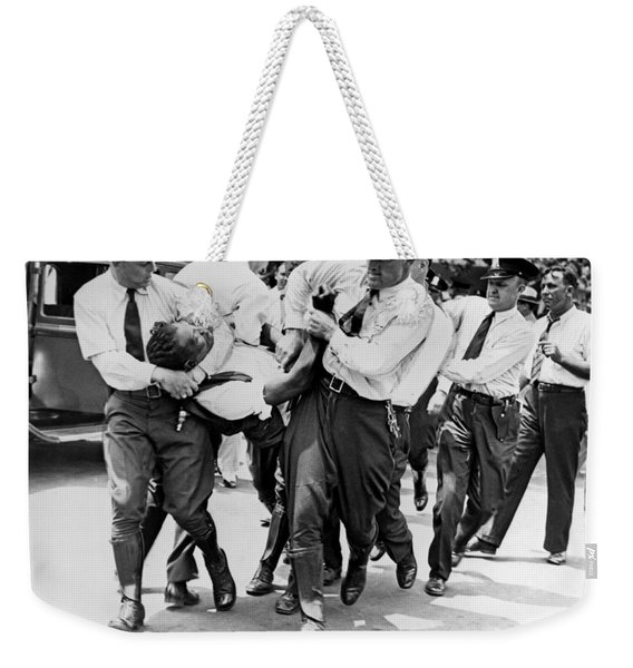Dc Police Evict Wwi Vet Weekender Tote Bag