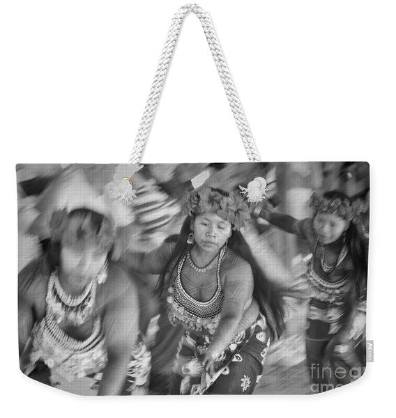 Embera Villagers In Panama As Black And White Weekender Tote Bag