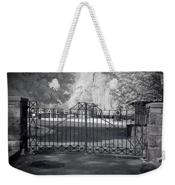 Weekender Tote Bag featuring the photograph Entry To Salem Willows by Jeff Folger