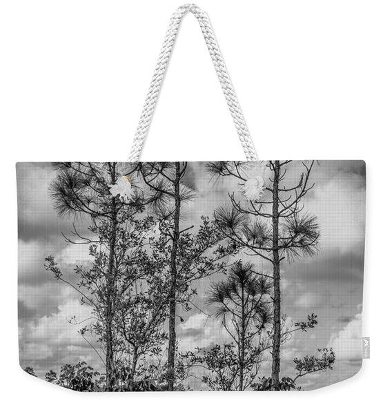 Everglades 0336bw Weekender Tote Bag