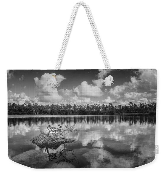 Everglades 0347bw Weekender Tote Bag