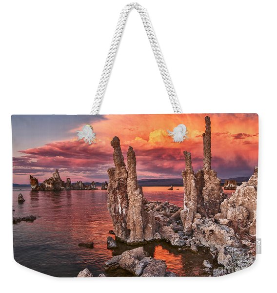 Fire In The Sky - Sunset View Of The Strange Tufa Towers Of Mono Lake. Weekender Tote Bag