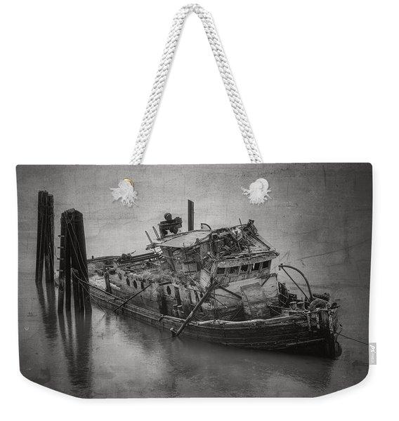 Ghost Steamer In Bw Weekender Tote Bag