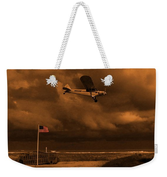 Good Night Wildwood Beach Weekender Tote Bag