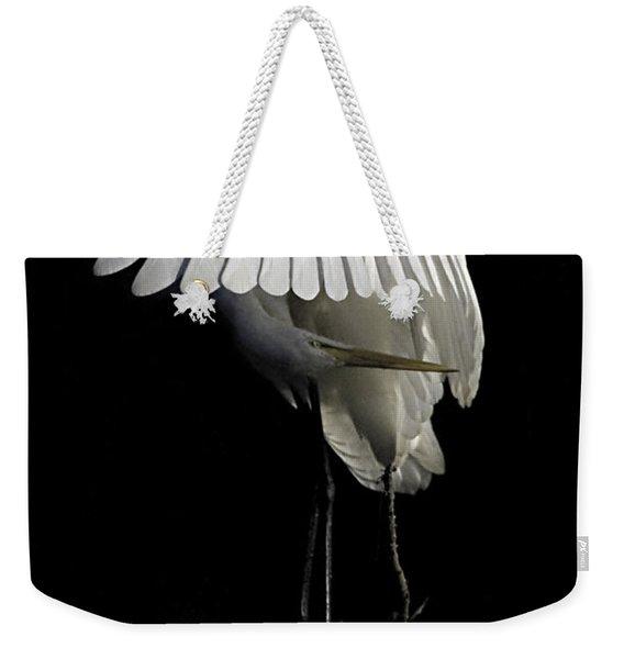 Great Egret Bowing Weekender Tote Bag