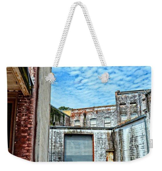 Hdr Alley Weekender Tote Bag