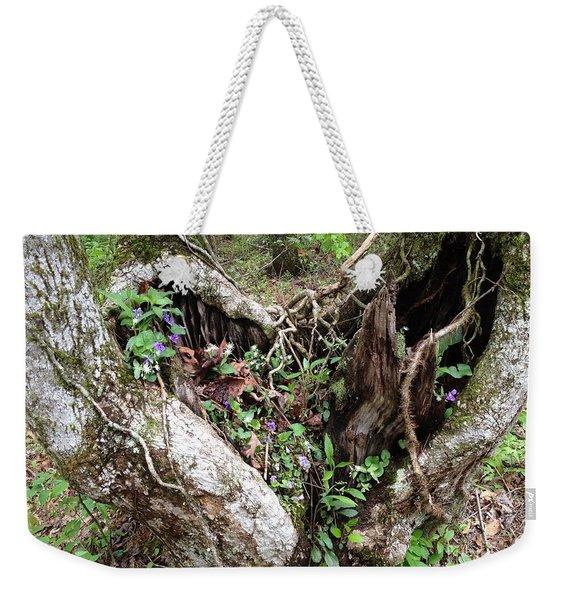 Heart-shaped Tree Weekender Tote Bag