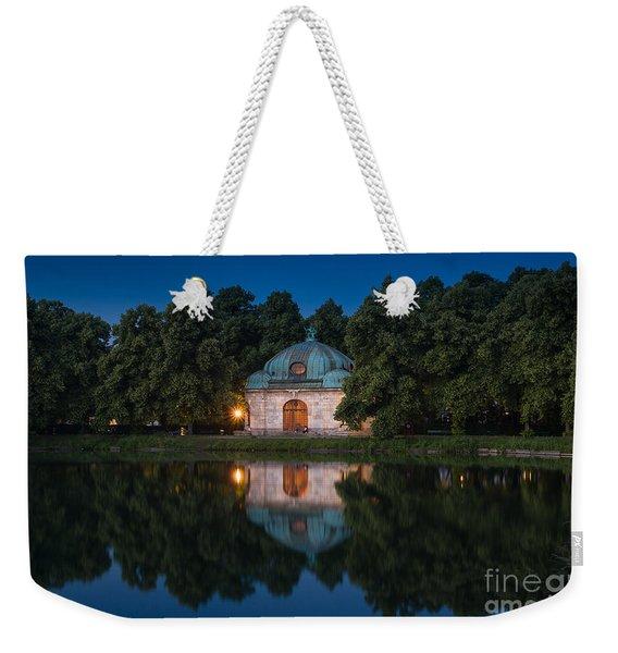 Weekender Tote Bag featuring the photograph Hubertusbrunnen by John Wadleigh
