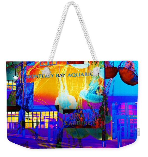 Its Raining Jelly Fish At The Monterey Bay Aquarium 5d25177 Square Weekender Tote Bag