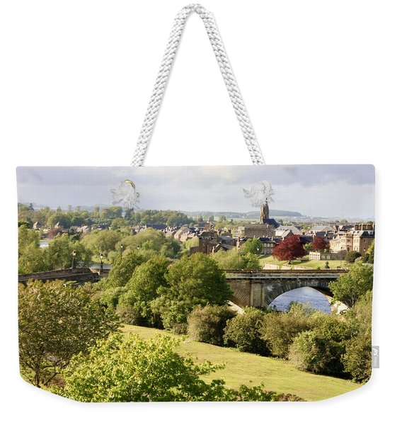 Weekender Tote Bag featuring the photograph Kelso In The Sun by Susan Leonard
