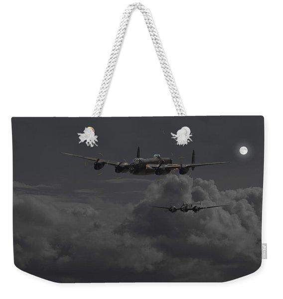 Lancaster- Night Hunter Weekender Tote Bag
