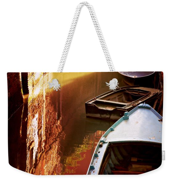Legata Nel Canale Weekender Tote Bag