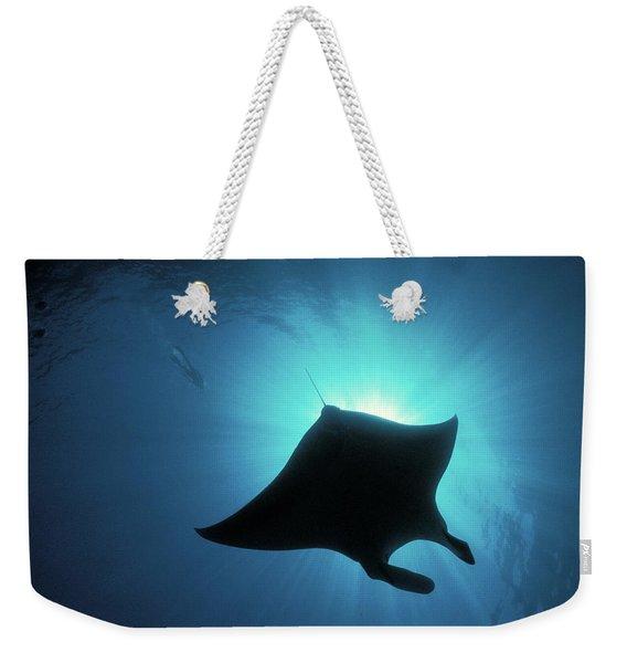 Manta Ray Diving Weekender Tote Bag