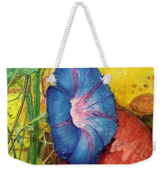 Morning Glory Bloom In Apples Weekender Tote Bag