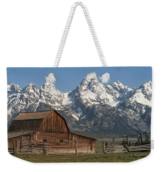 Moulton Barn - Grand Tetons I Weekender Tote Bag