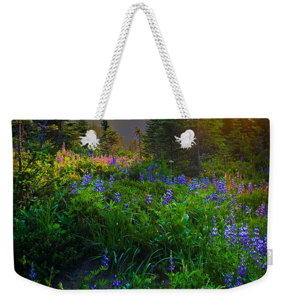 Mount Rainier Sunburst Weekender Tote Bag