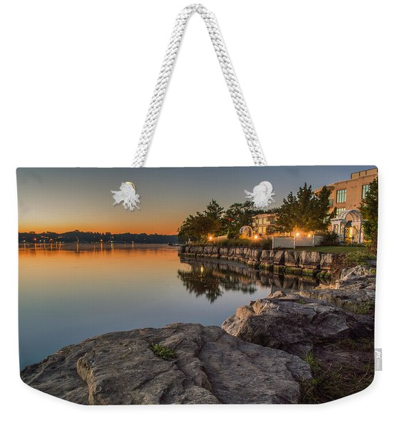 Weekender Tote Bag featuring the photograph Niagara On The Lake  by Garvin Hunter