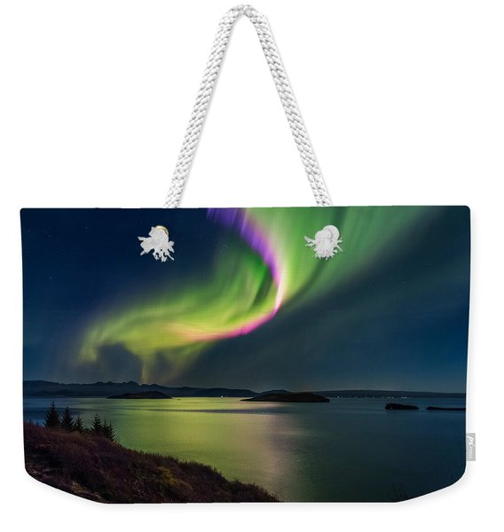 Northern Lights Over Thingvallavatn Or Weekender Tote Bag