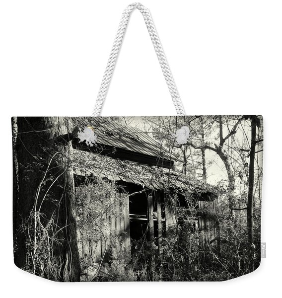 Old Barn In Black And White Weekender Tote Bag