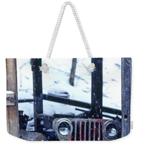 1g25 Old Willys Jeep In Old Barn Weekender Tote Bag