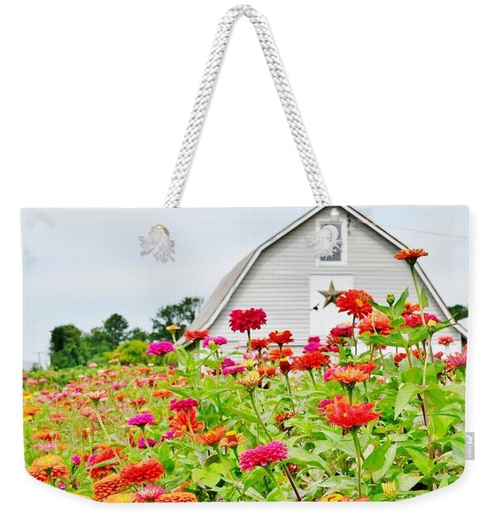 Raising Zinnia Flowers - Delaware Weekender Tote Bag