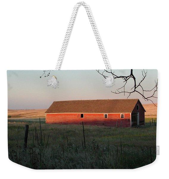 Red Granary Barn Weekender Tote Bag