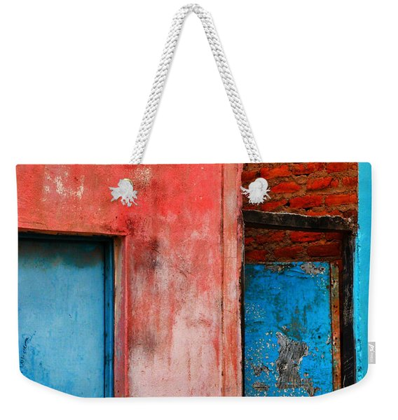 Weekender Tote Bag featuring the photograph Rosa's Place by Skip Hunt