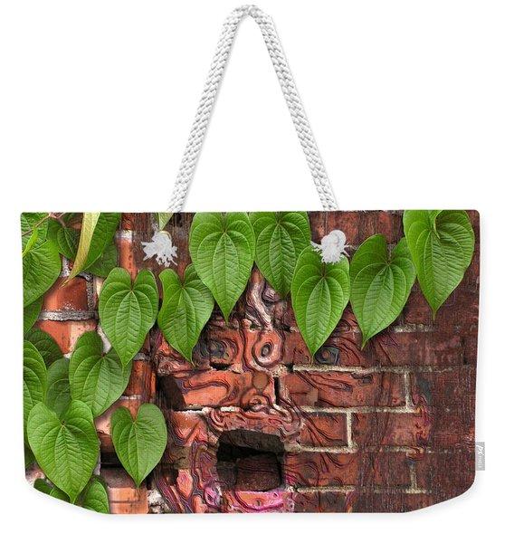 Screaming Wall Weekender Tote Bag
