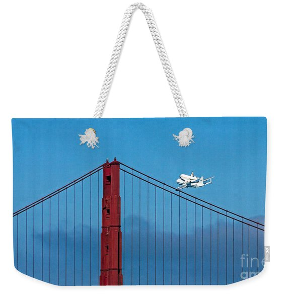 Shuttle Endeavour At The Golden Gate Weekender Tote Bag