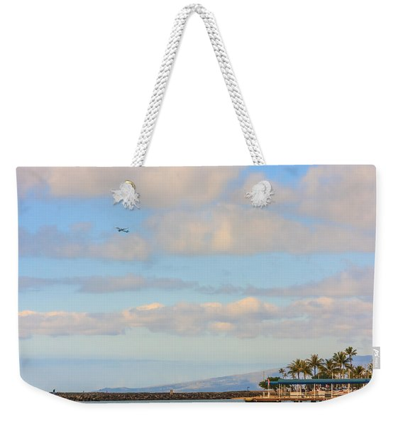 Weekender Tote Bag featuring the photograph The Island Of Oahu by Susan Leonard