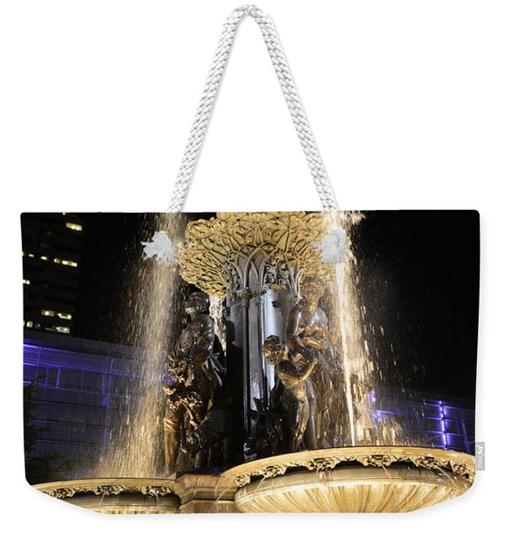 Fx9u-1250 Tyler Davidson Fountain Photo Weekender Tote Bag