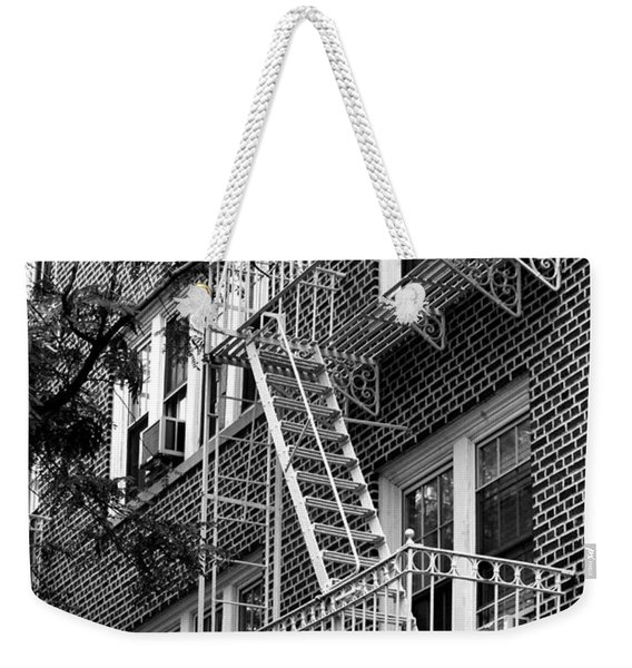 Typical Building Of Brooklyn Heights - Brooklyn - New York City Weekender Tote Bag