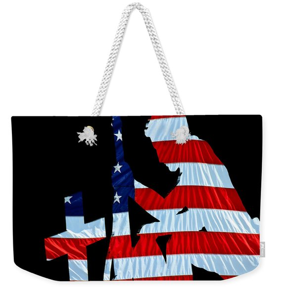 A Time To Remember United States Flag With Kneeling Soldier Silhouette Weekender Tote Bag