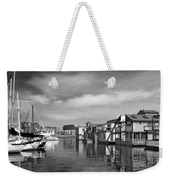 Veiw Of Marina In Victoria British Columbia Black And White Weekender Tote Bag