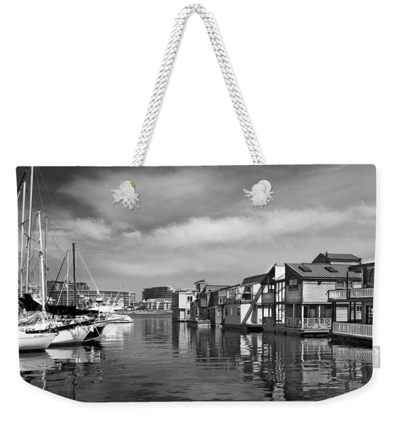 Veiw Of Marina In Victoria British Columbia Black And White Weekender Tote Bag