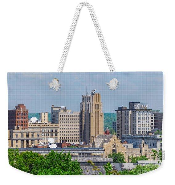 D39u-2 Youngstown Ohio Skyline Photo Weekender Tote Bag