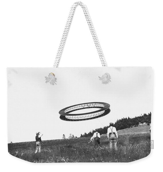 A Wheel-shaped Kite Flies Weekender Tote Bag