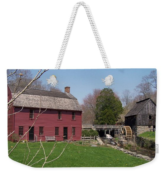 Weekender Tote Bag featuring the photograph Gilbert Stewart Birth Place by Cynthia Amaral