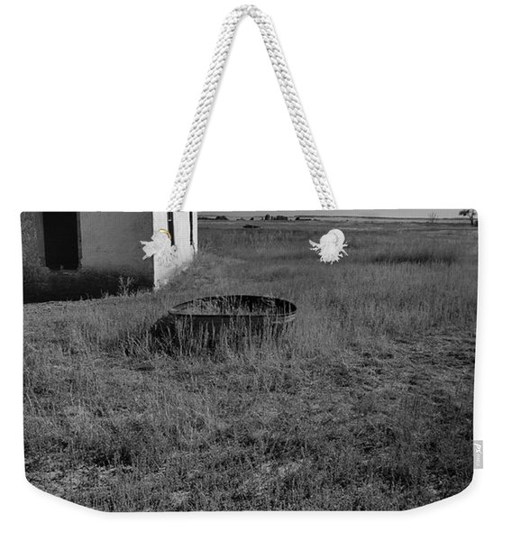 Weekender Tote Bag featuring the photograph On The Hi-lo Plains by Ron Cline