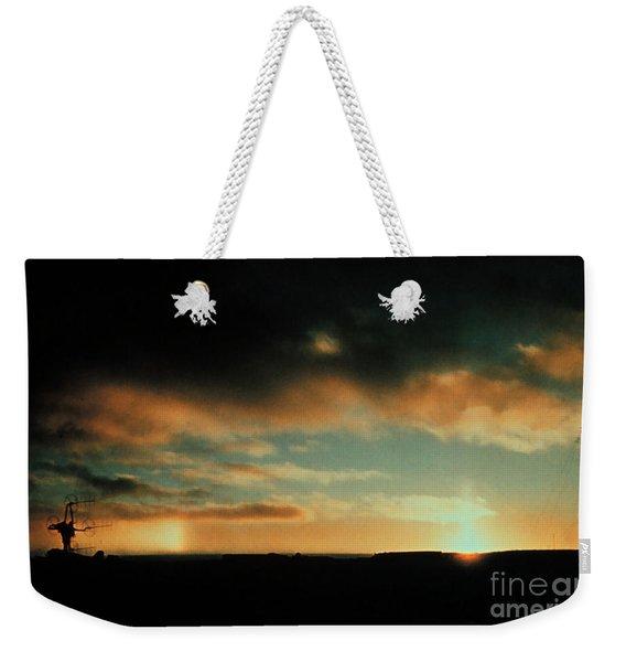 Sun Pillar And Parhelion Weekender Tote Bag