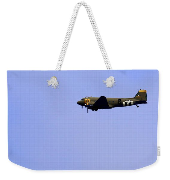 C47 And Paratroopers At Salinas Weekender Tote Bag