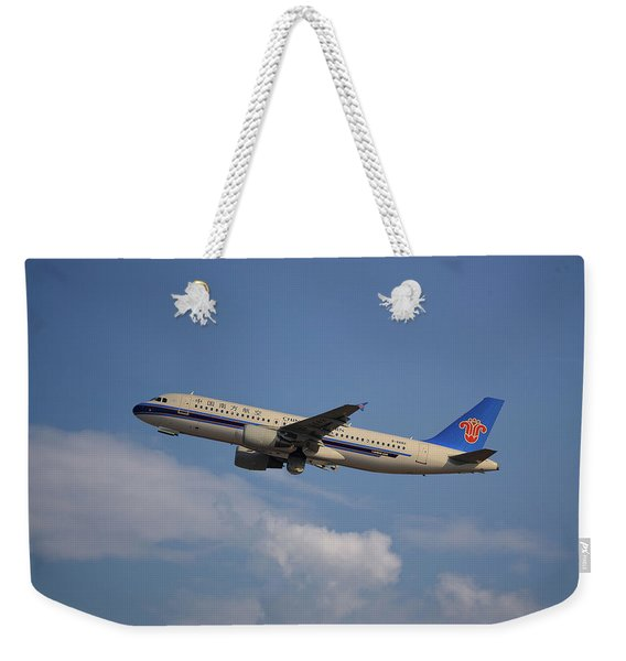 China Southern Airlines Airbus A320-214 Weekender Tote Bag