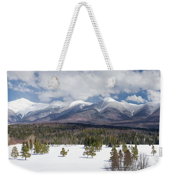 A Beautiful Panorama Of The Presidential Mountain Range In New H Weekender Tote Bag