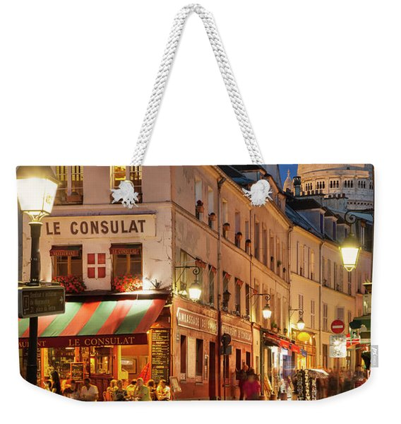 Weekender Tote Bag featuring the photograph Montmartre Twilight by Brian Jannsen