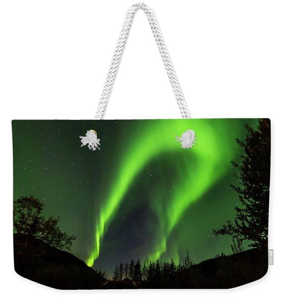 Northern Lights, Aurora Borealis At Kantishna Lodge In Denali National Park Weekender Tote Bag