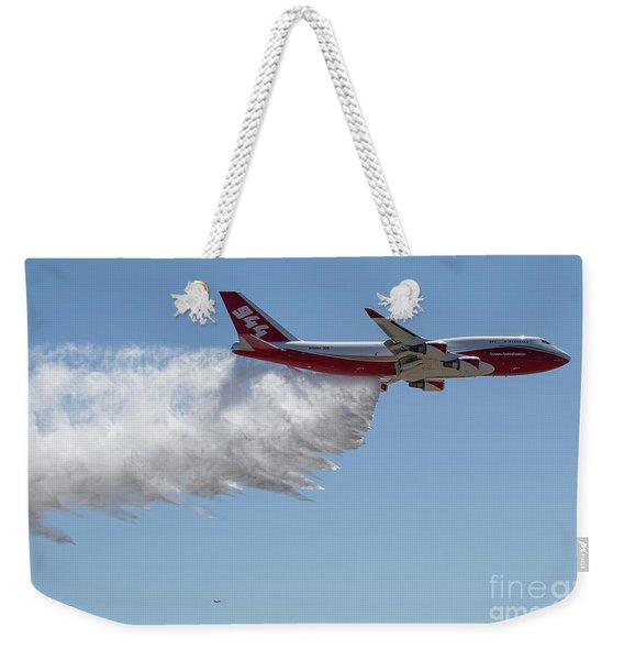 747 Supertanker Drop Weekender Tote Bag