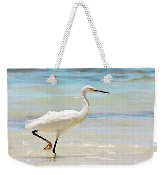 A Snowy Egret (egretta Thula) At Mahoe Weekender Tote Bag